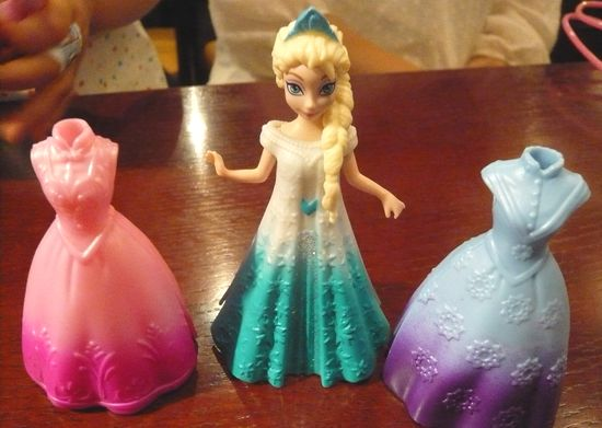 アナ雪着せ替え人形2.jpg