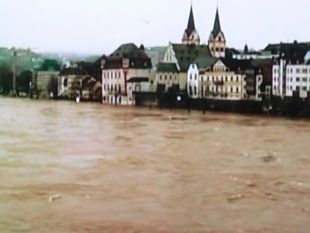ドイツ川氾濫.JPG