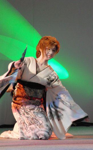 岩海祭り踊り1.jpg