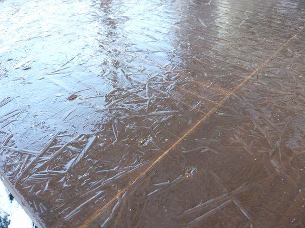 氷のウッドデッキ.jpg