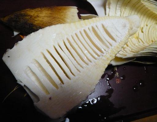 竹の皮の取り方2.JPG
