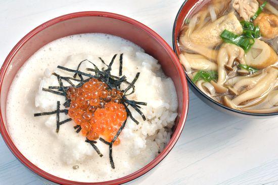 141013麦とろご飯と汁.jpg