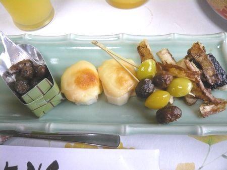 20151115自然薯を味わう会料理.jpg